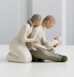 Willow Tree 26029 Figurine New Life - Celebrating the Miracle of New Life- Cream Nee Mother & Father with New Born Baby