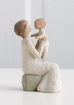Willow Tree 26072 Figurine Grandmother - A Unige Love that transcends the Years - Cream Lady with Girl