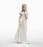 Lladro 01008213 Classic Porcelain A Special Occasion Young Girl Figurine