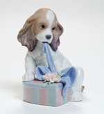 Lladro 01008312 CAN'T WAIT!  Dog opening present Sculptor:- Joan Coderch