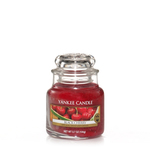 Black Cherry - Yankee Candle Small Jar 25% OFF