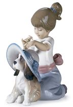 An Elegant Touch by Lladro (Pre-order for arrival up to 3 weeks)