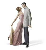 Lladro 01006475 HAPPY ANNIVERSARY Couple Dancing In Romantic Pose