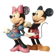 4046042 For My Sweetheart (Mickey & Minnie Mouse Figurine) - Disney Traditions